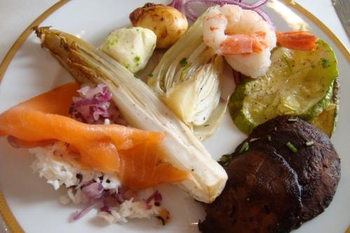 plate #2: shrimp salad, grilled zucchini, mushroom, scallion and more salmon!