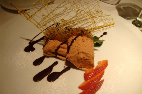 Our dessert: chocolate mousse (so predictable!)